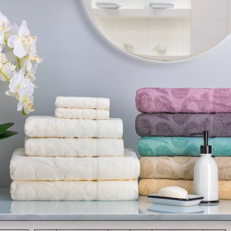 lifestyle product image of towels in the bathroom setting